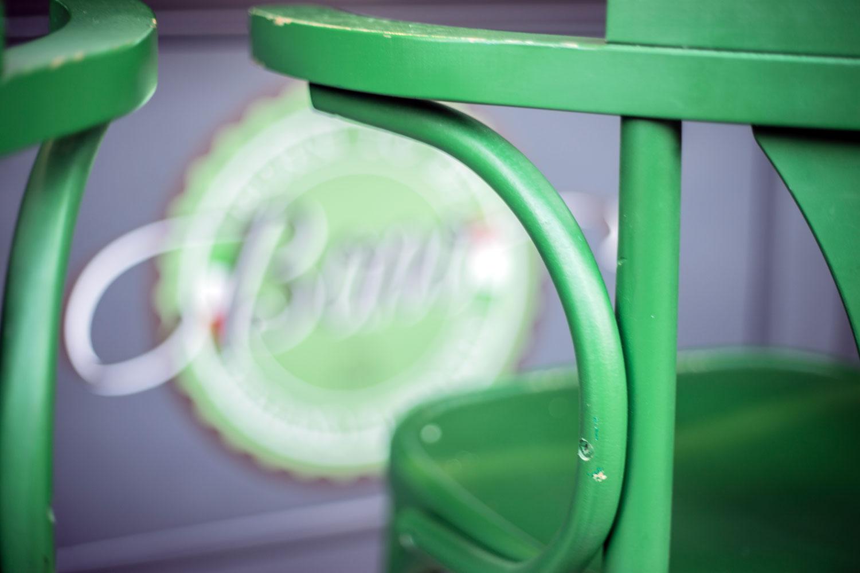 botteganostrana-dettaglio-sedia-locale